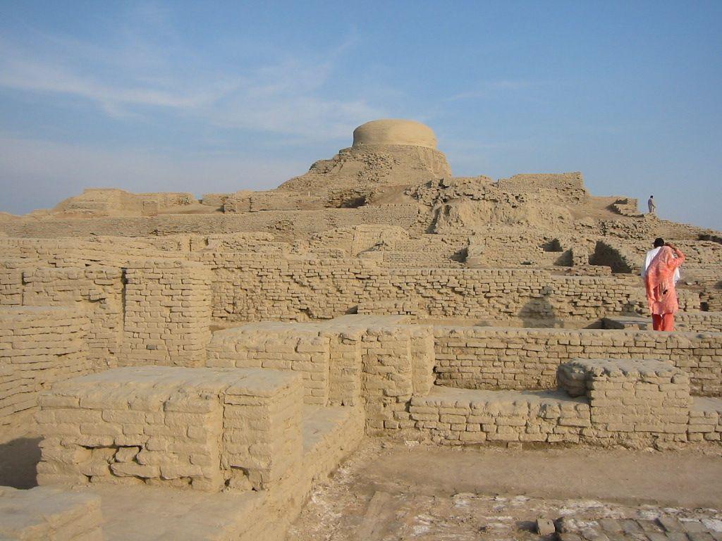 ancient-cities-Mohenja-Daro-Pakistan