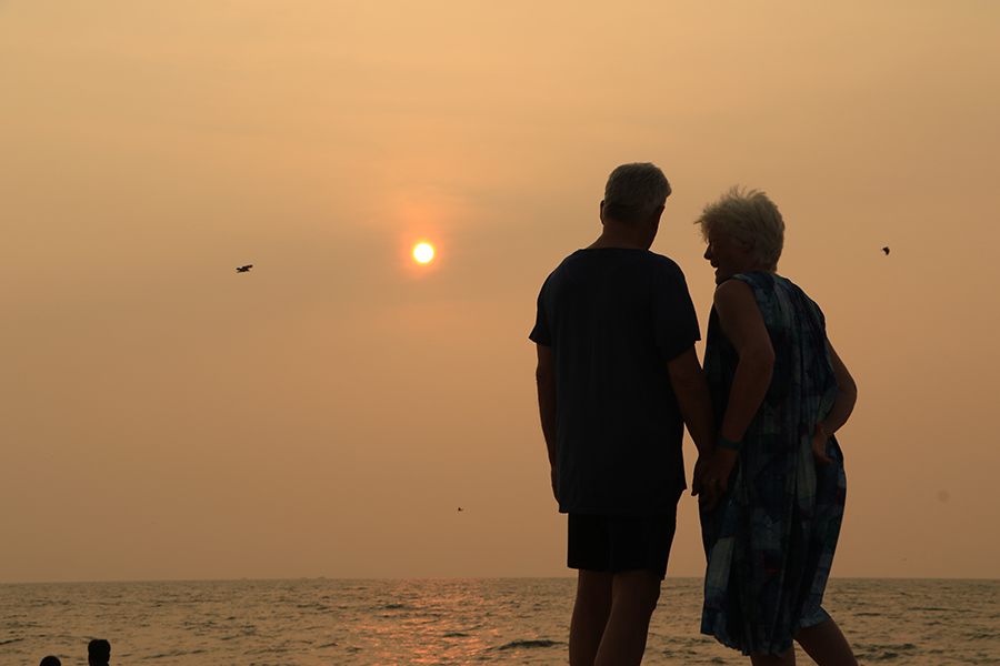 marari-beach-sunset-kerala