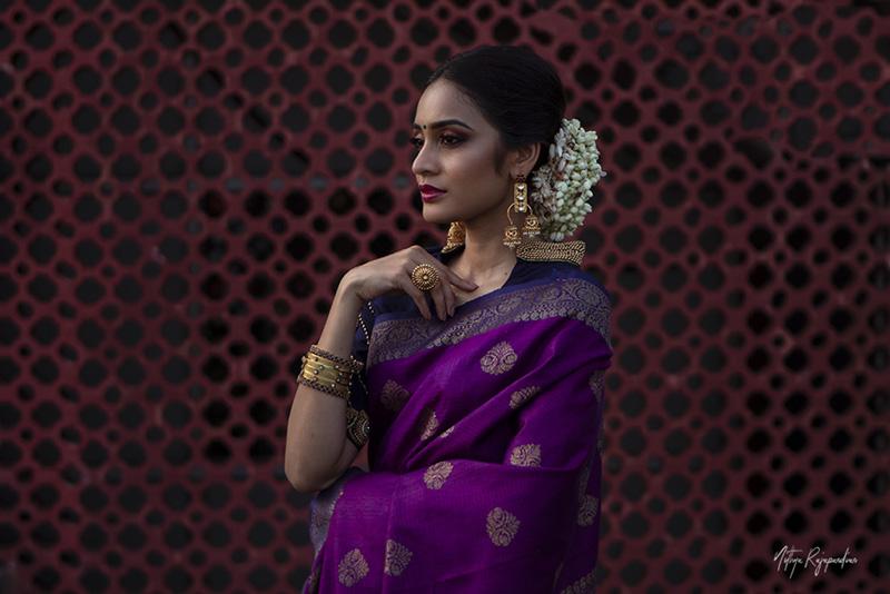 female-model-saree